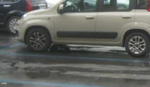 Ultimo giorno per i parcheggi liberi, da lunedì si torna a pagare