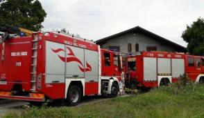 Auto in fiamme a Castellamonte