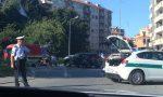 Incidente alla rotonda di Banchette: coinvolto un anziano in motorino