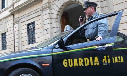 La Guardia di Finanza intercetta un furgone rubato e lo restituisce al proprietario