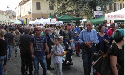 Centinaia di bancarelle, degustazioni, musica e… i torcetti di San Maurizio