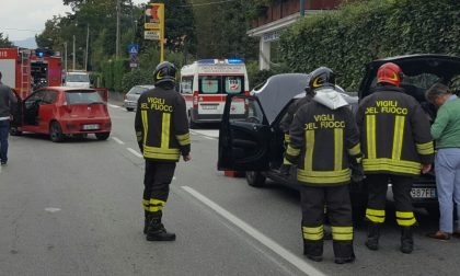 Scontro tra due auto: 39enne finisce al pronto soccorso
