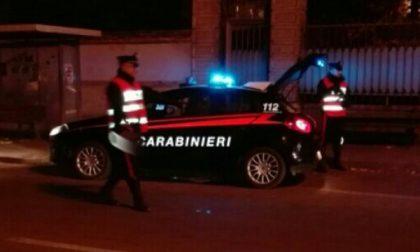 In macchina con una rivoltella e proiettili: arrestato pregiudicato
