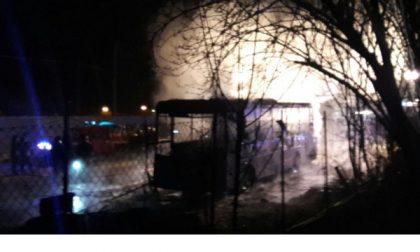 Incendio in un deposito autobus a Castellamonte