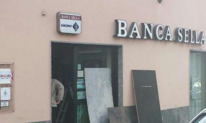 Torna a colpire la banda dei Bancomat: rocambolesco inseguimento questa notte, ma i banditi riescono a fuggire col malloppo
