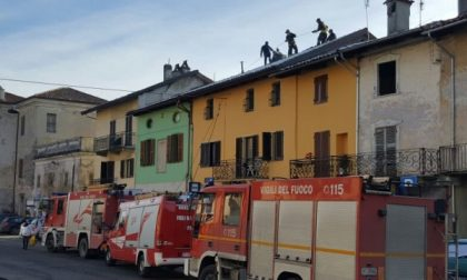 Incendio in pieno centro a Feletto e Ronco