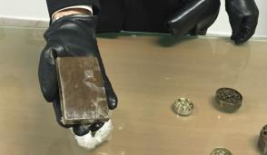 Operaio arrestato per possesso di droga