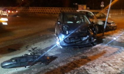 Scontro tra auto a Salassa, due i feriti