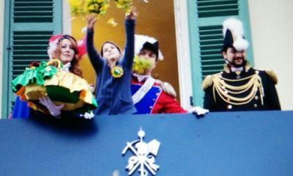 L'alzata dell'Abba chiude il primo giorno del Carnevale dedicato ai rioni