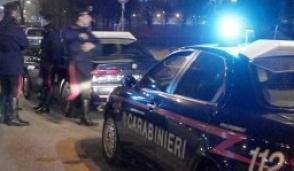 Minaccia di gettarsi dal ponte: salvato dai carabinieri