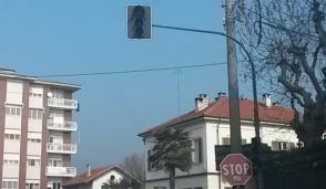 Il semaforo di Valperga è al momento fuori uso