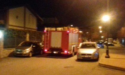 Bimba rimasta chiusa in casa, arrivano i Vigili del fuoco e la liberano