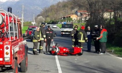 Cade con la moto, centauro 27enne portato in ospedale