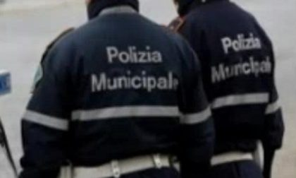 Controlli al Movicentro da parte della Polizia municipale d'Ivrea
