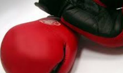 Si finge ex campione di pugilato: denunciato per sostituzione di persona e truffa