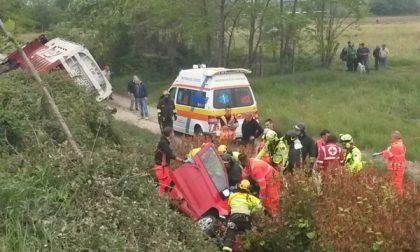 """Spaventoso incidente sulla """"460"""", donna elitrasportata al Cto"""