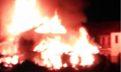 Abitazione in fiamme a Caselle