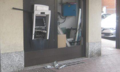Fallisce l'assalto al bancomat