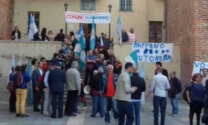 Leini: manifestazione prima del Consiglio Comunale