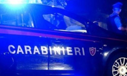 Va in escandescenza e spara con una scacciacani contro i carabinieri