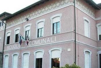 """La Primaria """"De Amicis"""" ha 100 anni… e rifà il look"""