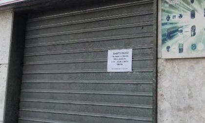Per protesta c'è chi ha chiuso le serrande