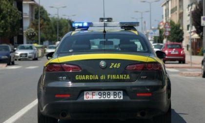 Sequestrate 8 vetture di lusso: contrabbando