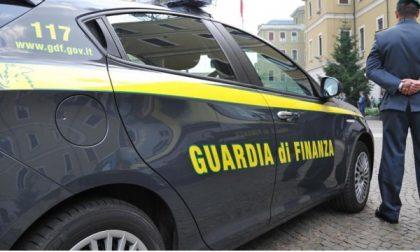 Tre giovani fermati con droga in auto