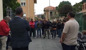 Dopo le polemiche sui profughi, l'incontro al quartiere Fiorana