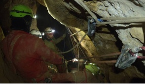 Alpinisti salvati dopo una notte da incubo dispersi in montagna