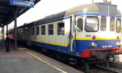 Marmitta surriscaldata treno fermo in stazione