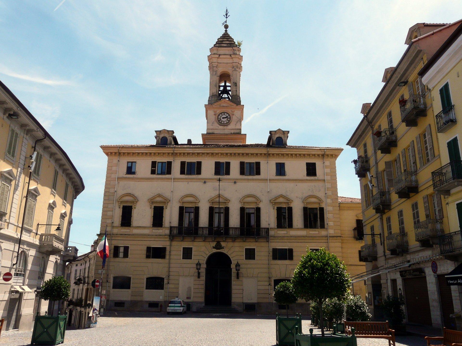 Ufficio Collocamento Ivrea : Operaio specializzato assunzione in comune a ivrea