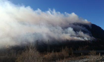 Incendio a Campore il vento lo ha riattivato | Fotogalley