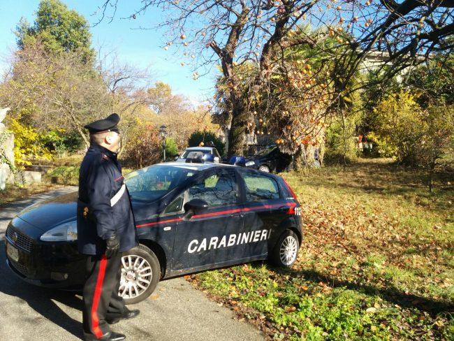 Omicidio a Castellamonte, una donna ha soffocato nel sonno il fratello