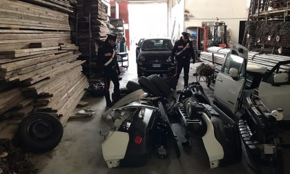 Magazzino auto rubate a Leini