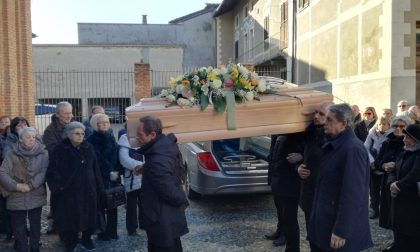 Addio Provenzano folla ai funerali a Rivarolo