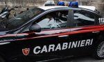 I carabinieri gli salvano la vita, poi lo arrestano