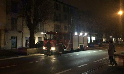 Odore di gas in corso Italia intervengono i pompieri