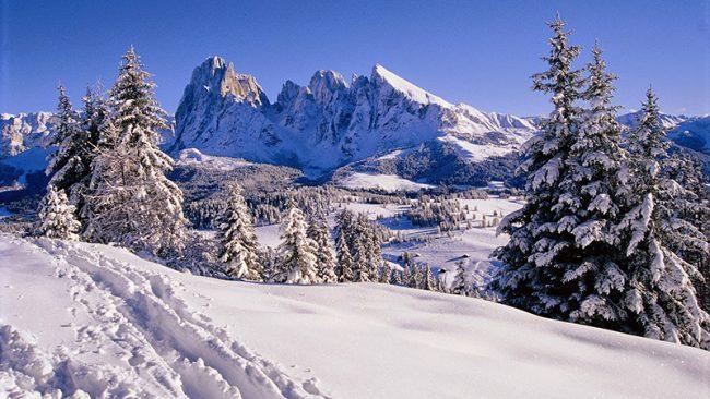 Travolto da valanga grave giovane sciatore