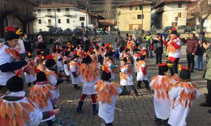 Donazione scuola con i fondi risparmiati dal Carnevale