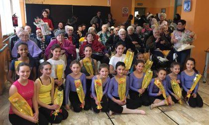 Danza classica e country per gli anziani