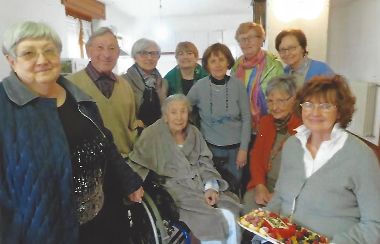 Giuseppina crespi compie 97 anni aiut a nascere pi di 1000 bambini - Casa di cura san maurizio canavese ...