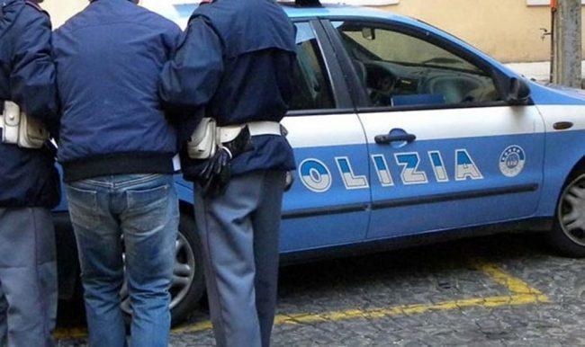 Ladro finge di essere stato derubato per riuscire a scappare