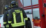 Otto squadre di vigili del fuoco in azione all'aeroporto