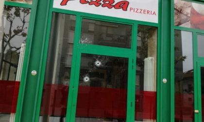 Colpi di fucile contro pizzeria