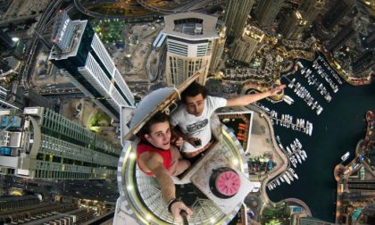 Selfie sui tetti per un like sui social