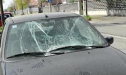 Vandalismo a Mappano, prese di mira auto in sosta