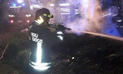 Si incendia lavatrice cascina a fuoco