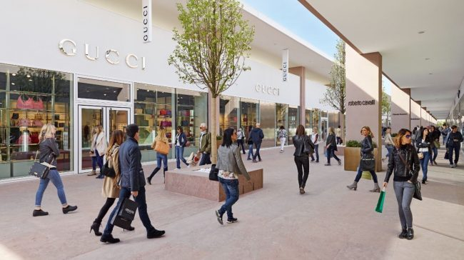 Outlet Village Torino sconti dal 30 al 50% sui prezzi outlet