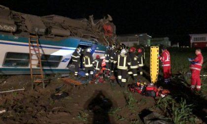 Treno deragliato tra Chivasso e Caluso, un morto   VIDEO
